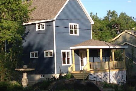 Bright New Home on Peaks Island - Portland