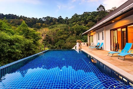Private pool waterfall jungle 3 bedroom villa in Kathu - カトゥー - 別荘