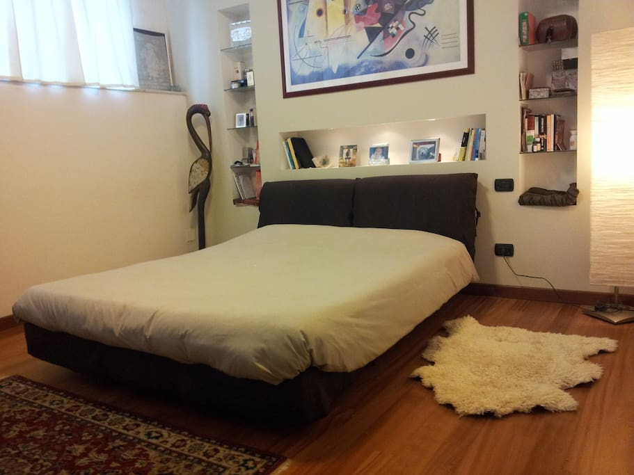 near central st and metro to center lofts zur miete in mailand lombardei italien. Black Bedroom Furniture Sets. Home Design Ideas