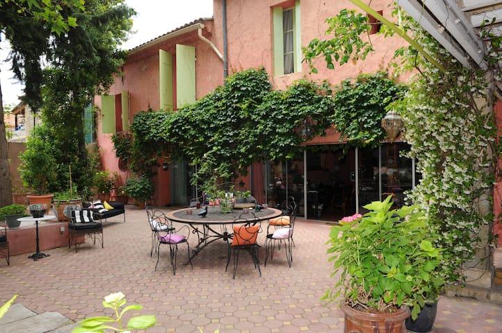 LA MAISON DU JARDIN - Marsillargues - Villa