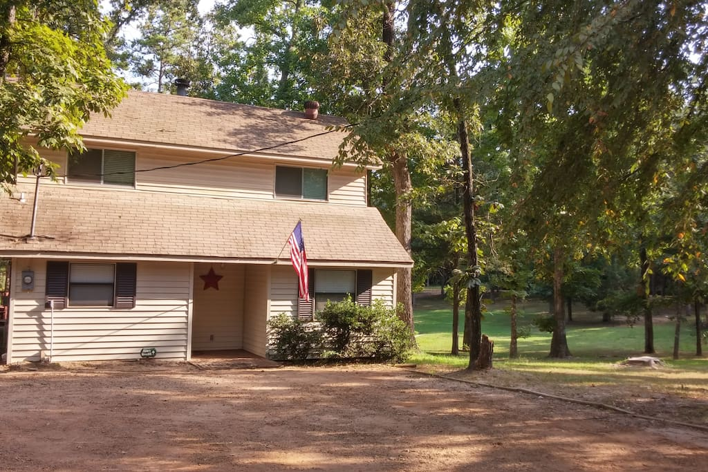 Two story lake house houses for rent in mount vernon for 2 story lake house