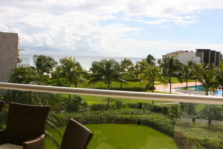 Amazing location with sea view in Playa del Carmen