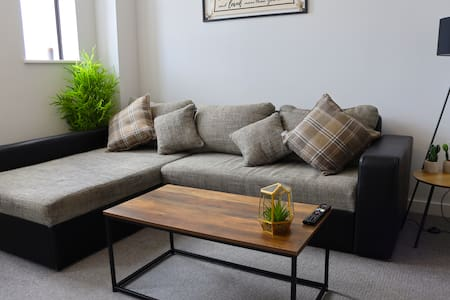 Cozy apartment, town centre with FREE parking