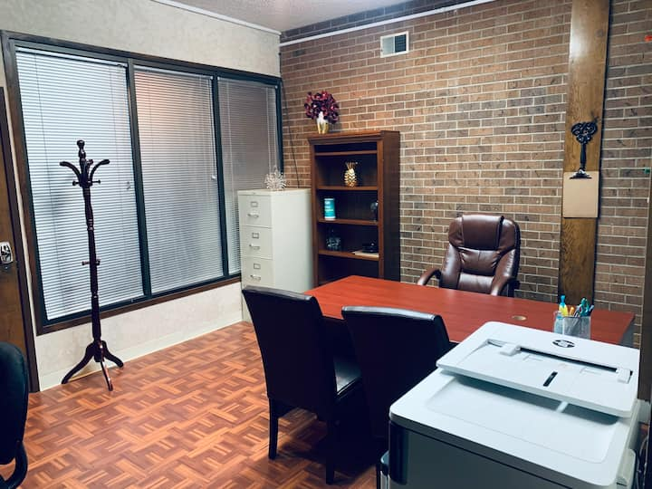 Small *Private Office* Near Shopping Center