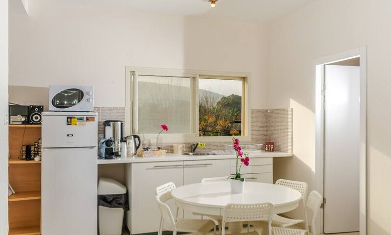 Unique confortable Suite in Yavneel orthodox -3 - Yavnéel - Altres