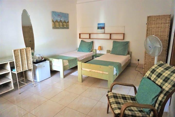B&B VILLA CALLIANDRA Bijilo room, 2-3 single beds