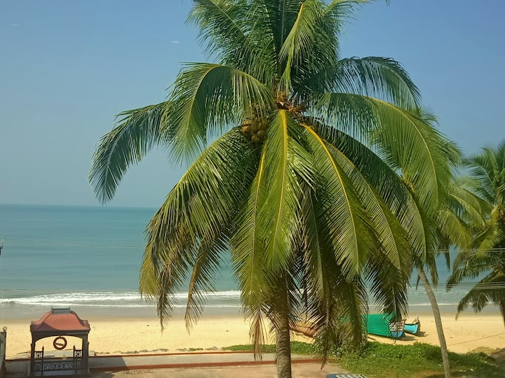 Luxury Sea Facing Apt (2 BHK) for Beach Holidays