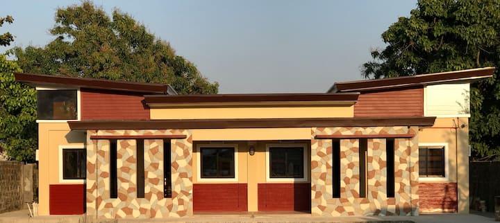 GlyNeil Transient House