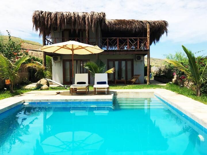Villa Palmeras, Casa Vacacional en Punta Veleros