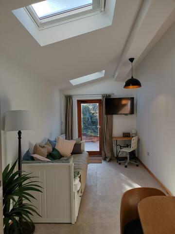 Luxury Studio Flat in the heart of Macclesfield
