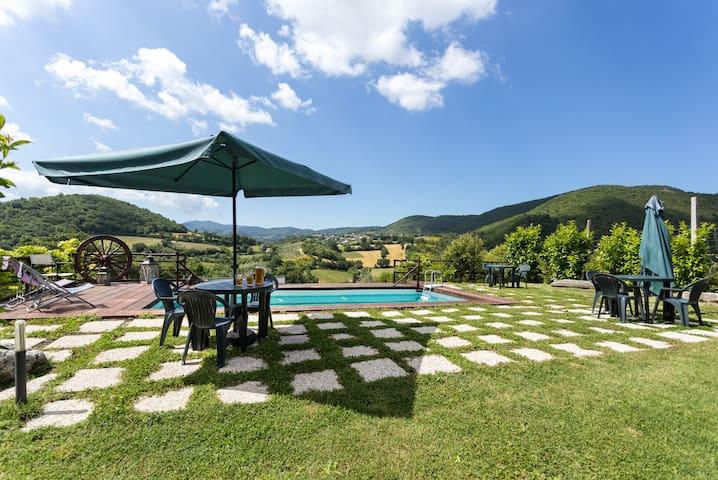 3 Mini loft, giardino e piscina - Spoleto - Byt