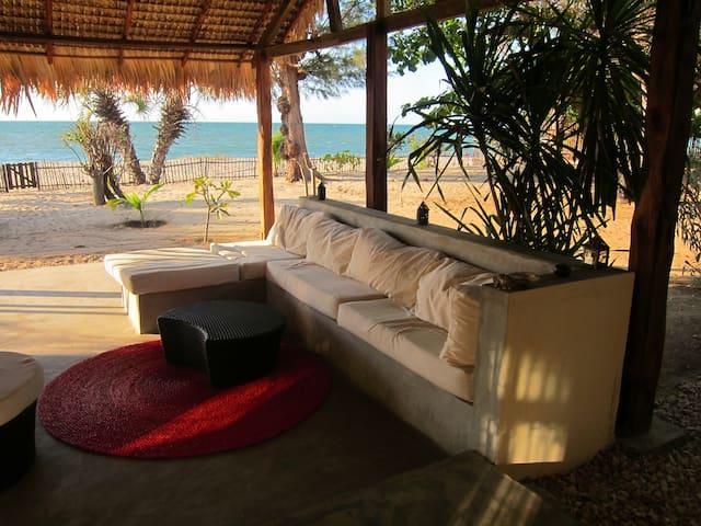 Belle maison face au canal du Mozambique - Mahajanga - Casa