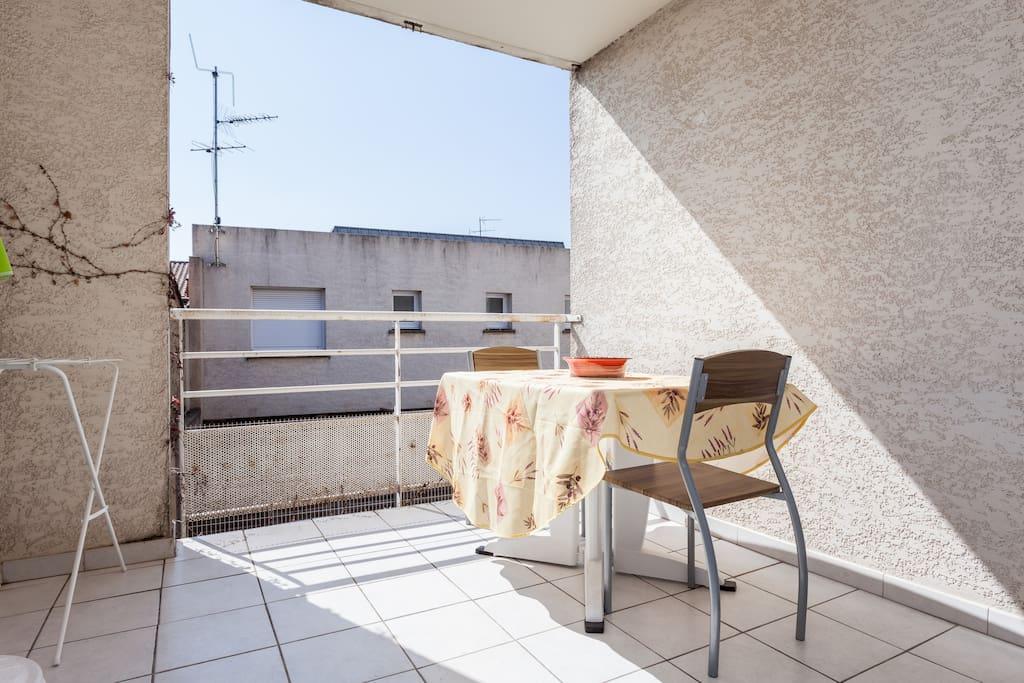 T2 montpellier centre avec garage appartements louer for Garage 4x4 montpellier