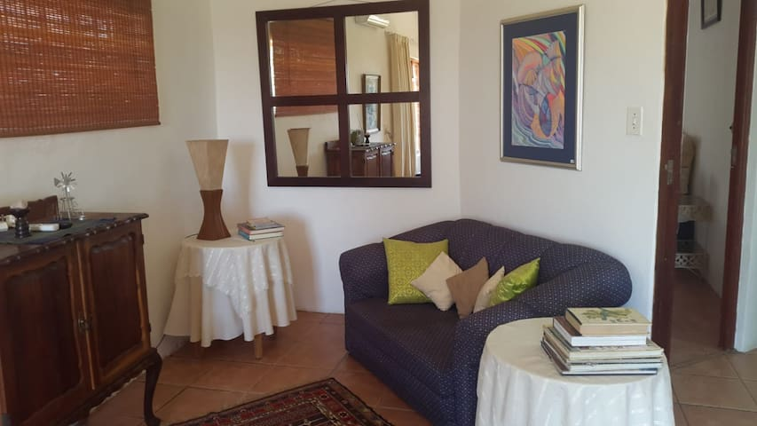Hartbeespoort, 4 Bed near wedding venues/mall