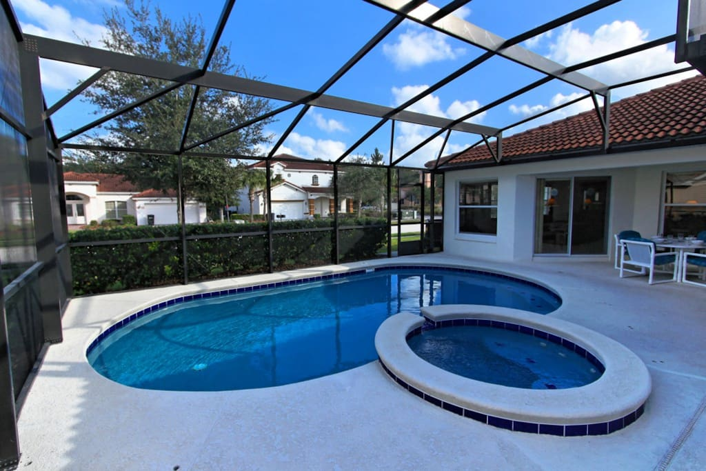 Make hundreds of happy memories together under the Florida sun around this pool and spa. If it gets too hot - sit under the shaded lanai to cool down.