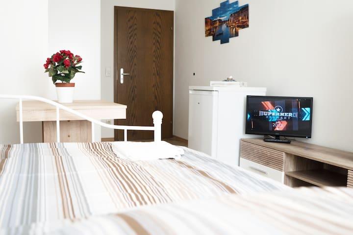 I02b Pension bei Ingolstadt - Cute Room