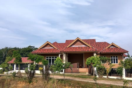 Mini resort with view of padi field - Jitra - Vila
