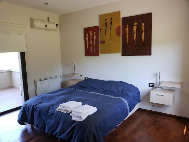 Dormitorio 3, con cama queen