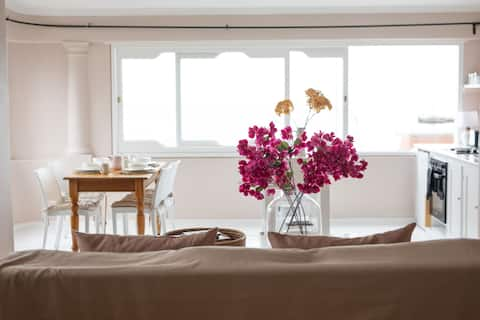 Gorgeous Kalk Bay Apartment with Incredible Views