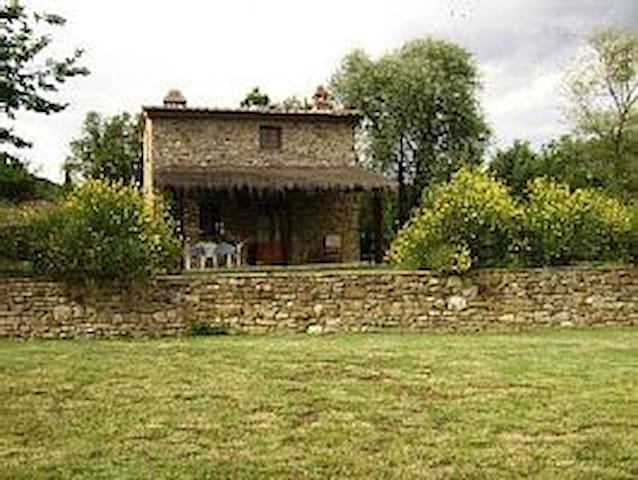 Fienile toscano indipendente - Meliciano - House