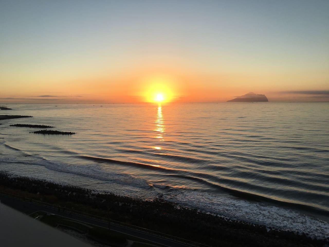 陽台輕鬆看日出 Sunrise on the balcony