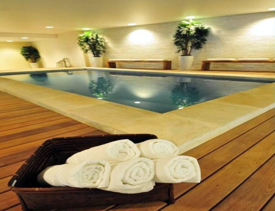 Resort - indoor pool