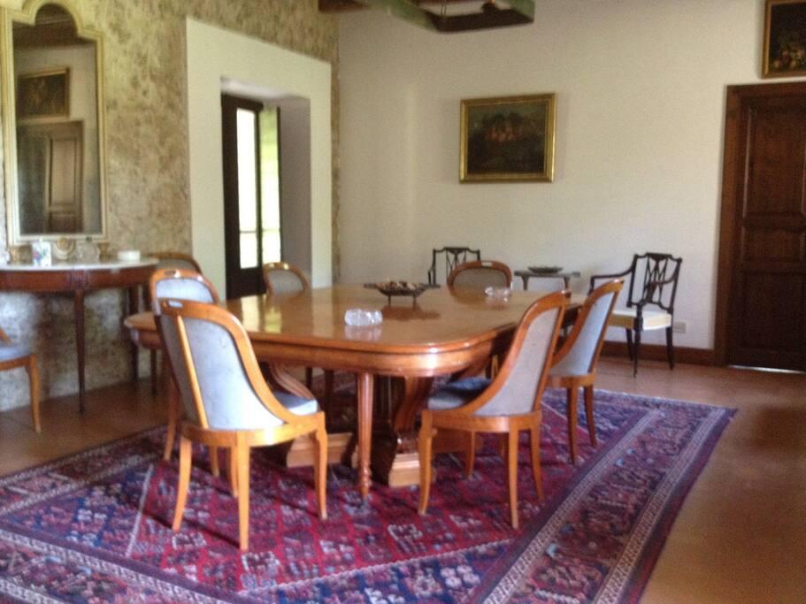 Sala pranzo corpo centrale