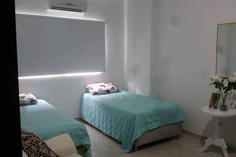 1 habitación con 2 camas sencillas