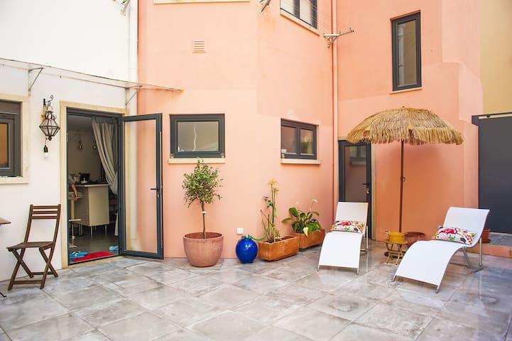 New Alcantara cozy apartment with sublime terrace - Lisboa - Apartment
