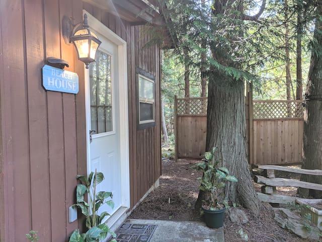 Mayne Island Guesthouse