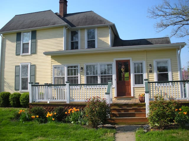 Homeplace Bed & Breakfast  - Wilmore - Bed & Breakfast