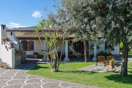 Villa LA CESA for 6-10 persons - San Felice Circeo - Huvila