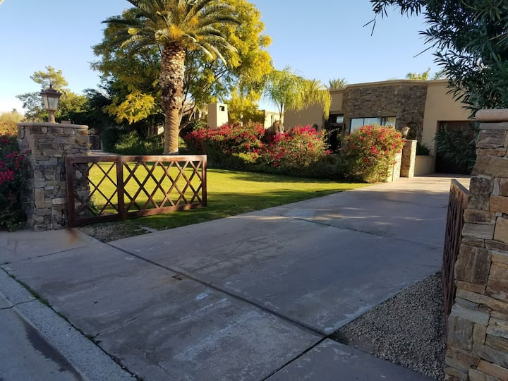 Guest house on luxury property in N. Scottsdale