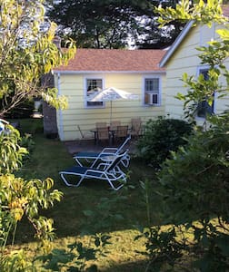 Bonnet Shores R.I. Beach House - Narragansett - Rumah