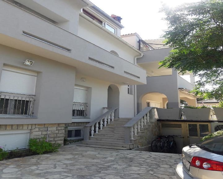 Apartments Pavlica