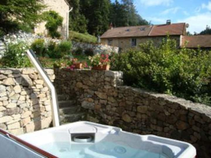Belle ferme isolée 11 pers, SPA, 4*