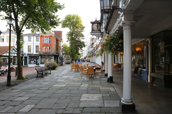 Upper Walks, Pantiles - Royal Tunbridge Wells - Huoneisto