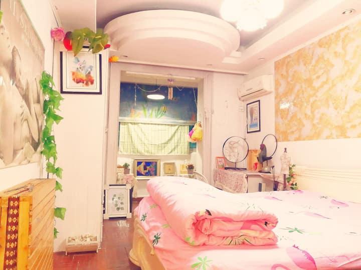 武胜豪华单人公寓超值近地铁菜场网吧台球酒吧商业中心同济医院可以看房视频