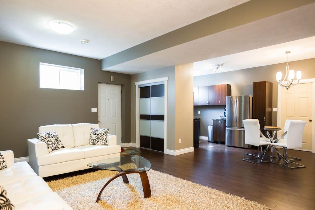 Basement Suite In South Edmonton