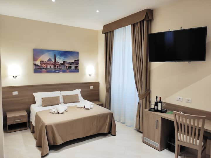 King Room Luxury Suites Stay Inn Rome Experience