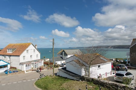 Terrace Tea Rooms and B & B - Port Isaac - Bed & Breakfast