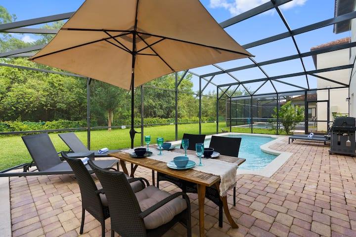 Roccella Villa Disney. Private Pool and Games Room