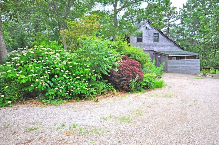 Wellfleet Loft near Cahoon Hollow