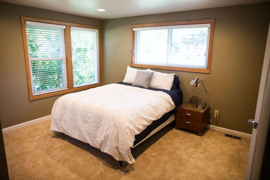 Bedroom with queen bed and roomy closet