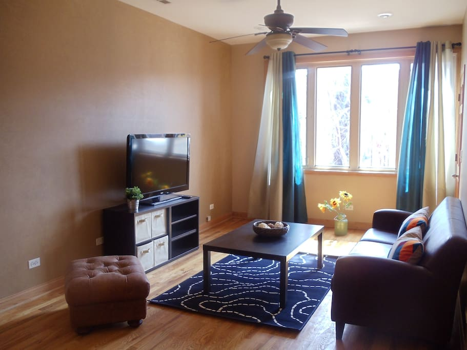 Spacious 2 Bedroom Apartment Flats For Rent In Chicago Illinois United States