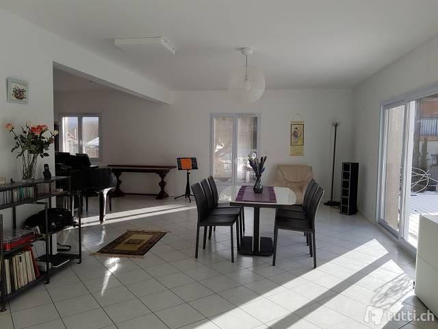chambre dans une grande maison au calme