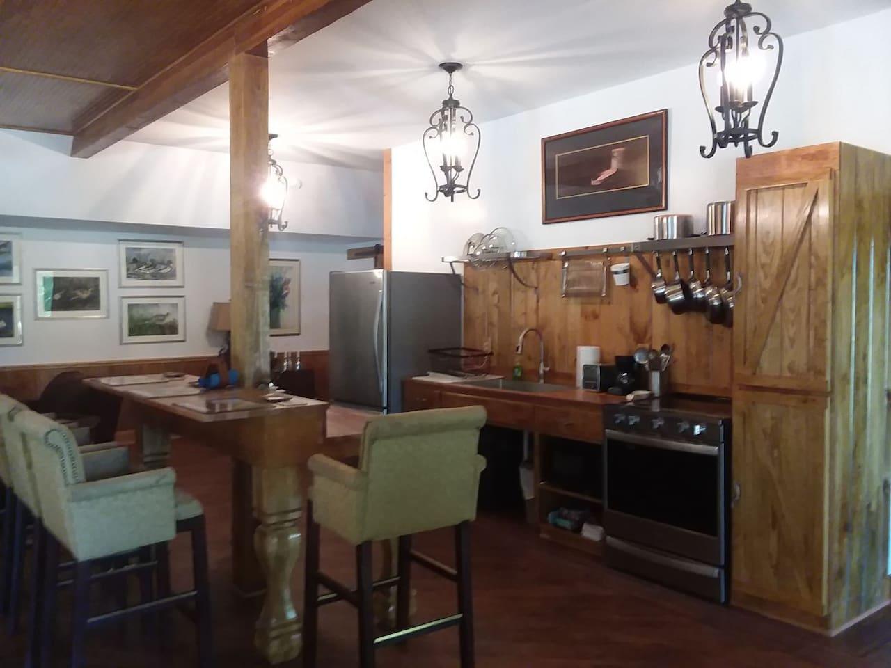 Galley Kitchen & Dining Island