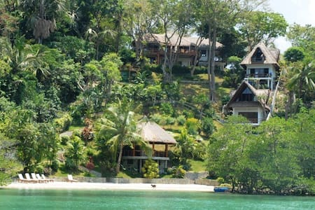 5 Bedroom Luxury Villa with Beach - Puerto Galera