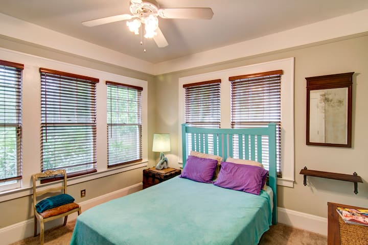 CORNER PALMS SHARED BUNGALOW - Jacksonville - Huis