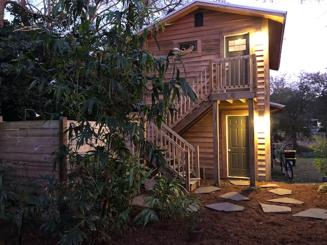 Riverland Terrace Guesthouse